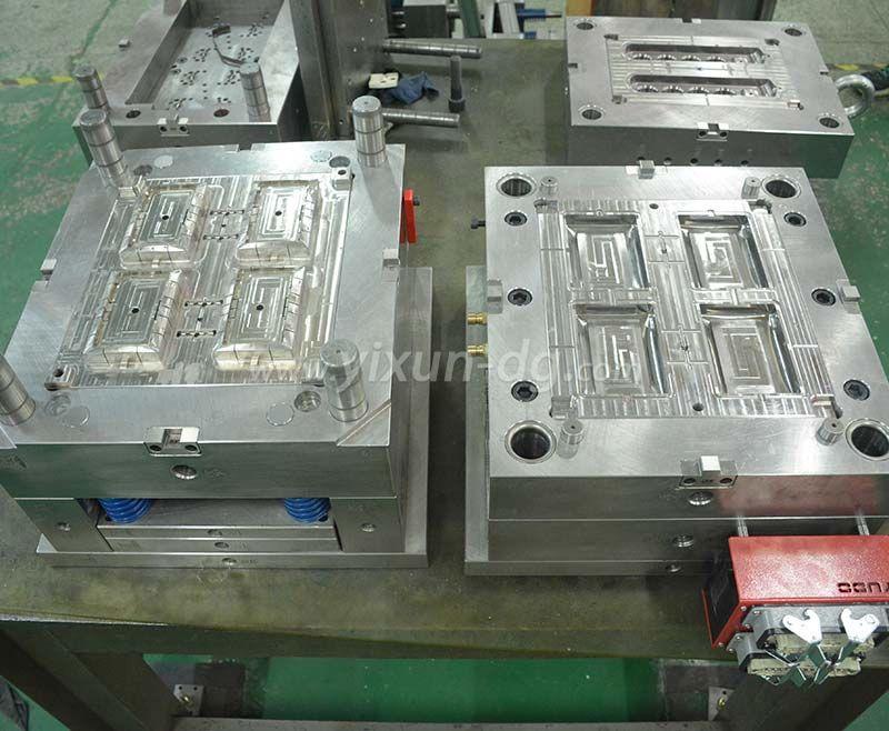 OEMODM plastic injection moulding socket part mold