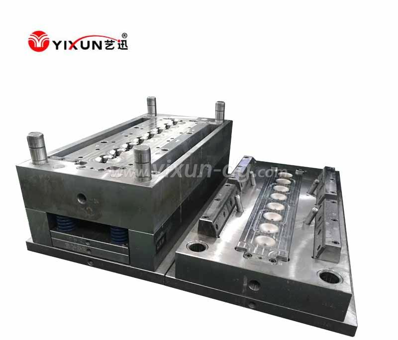 Water bottle cap plastic injection mould and molding