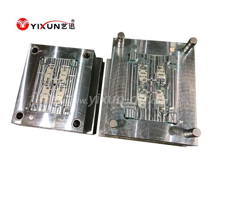 China dongguaan plastic injection mold factory moulding parts